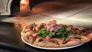 Fratellis Wood Fired Pizzeria