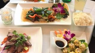 Lucky Thai Kitchen