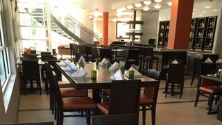 Tisza Bistro and Bar