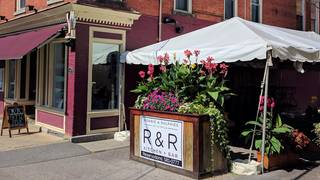 R&R Kitchen and Bar