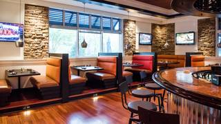 Dean's Kitchen + Bar (formally Dean's Seafood Grill & Bar)