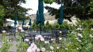 Vin du Lac Winery & Bistro