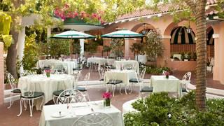 Best American Restaurants In Mid Wilshire