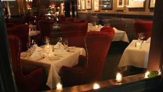 800 Wilfs Restaurant & Bar
