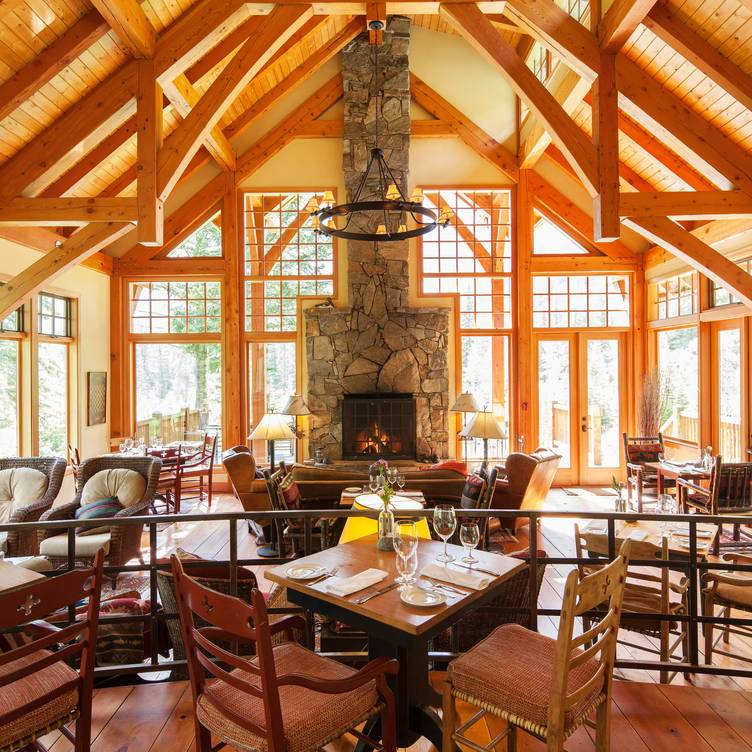Cathedral Mountain Lodge Riverside, Mountain Lodge Dining Room Furniture
