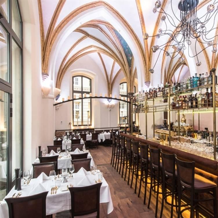 Zum Alten Rathaus Dauerhaft Deschlossen Restaurant