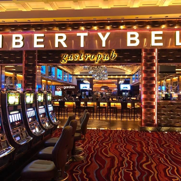 Cyberstud poker online slots