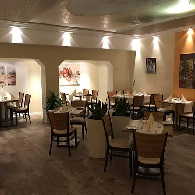 k ln umgebung ehrindeki italienisch restoranlar reztoran t rkiye. Black Bedroom Furniture Sets. Home Design Ideas