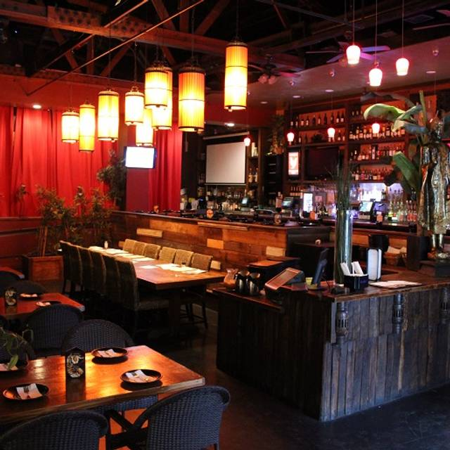 de vere 39 s irish pub davis davis davis chicago illinois reztoran t rkiye. Black Bedroom Furniture Sets. Home Design Ideas
