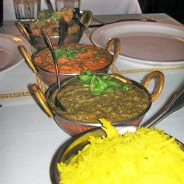 Mehak indian cuisine berkeley berkeley chicago for Aroma royal thai cuisine nj