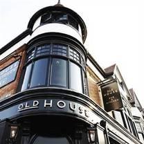Old House Pub & Kitchen