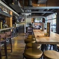 Henry's Tavern - Seattle