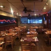 Popei's Clam Bar & Seafood Restaurant