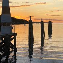 Wave Seafood Kitchen at Danford's Hotel and Marina