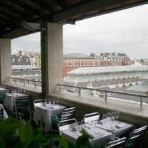 Amphitheatre restaurant bar terrace london opentable for Terrace cafe opentable