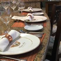 Leis Family Class Act Restaurant