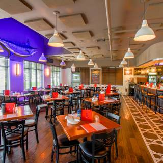 48 Restaurants Available Nearby Dancing Marlin