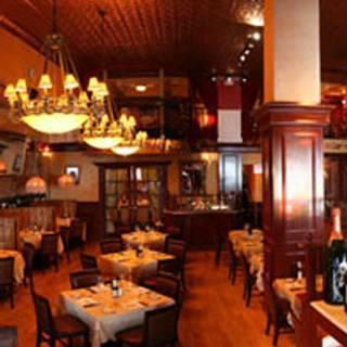 82 Restaurants Near Fairfield Inn Suites By Marriott New York Midtown Manhattan Penn Station Opentable