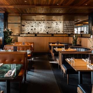 Earls Kitchen Bar Boston Prudential Center