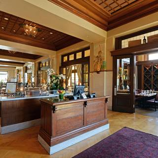 81 Restaurants Near Residence Inn by Marriott Los Angeles
