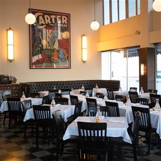 11 Restaurants Available Nearby
