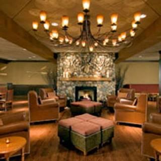 54 Restaurants Near Doubletree By Hilton Chicago Arlington Heights Opentable