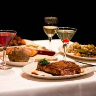 75 Restaurants Near DoubleTree by Hilton Hotel and
