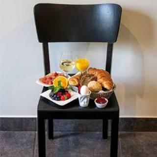 30 Stühle Restaurant Brühl Nw Opentable